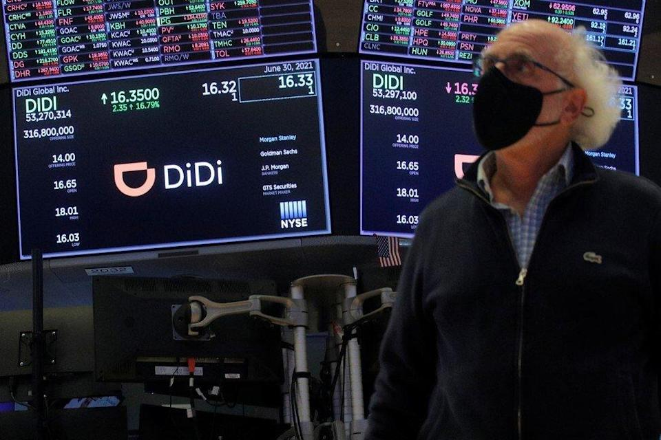 Traders seen during the IPO for Didi Global Inc on the New York Stock Exchange floor. Photo: Reuters