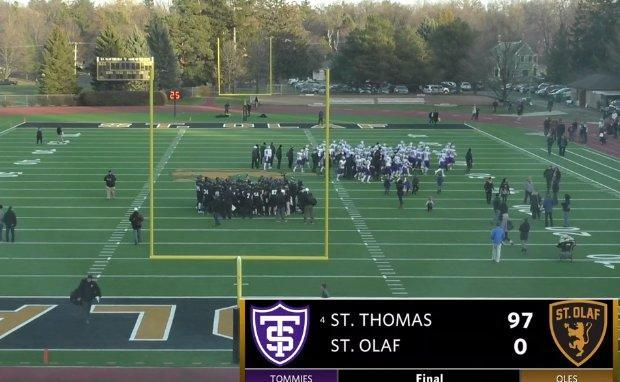 St. Thomas dropped 90-plus points on St. Olaf on Saturday. (Twitter via @ChrisLongKSTP)