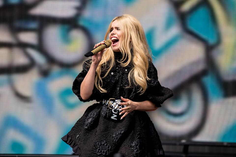 EXETER, ENGLAND - MAY 28:  Paloma Faith performs on stage  with Sigma at Powderham Castle on May 28, 2016 in Exeter, England.  (Photo by Mike Lewis Photography/Redferns)
