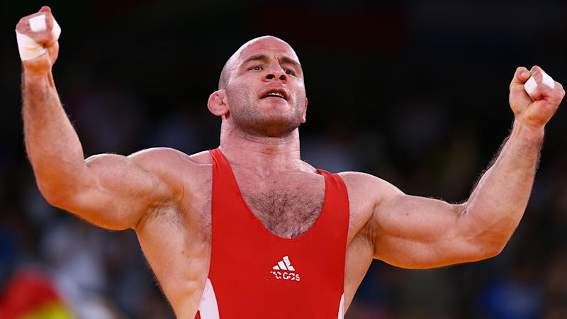Artur Taymazov in action at the 2012 Olympics in London. (Photo by Paul Gilham/Getty Images)