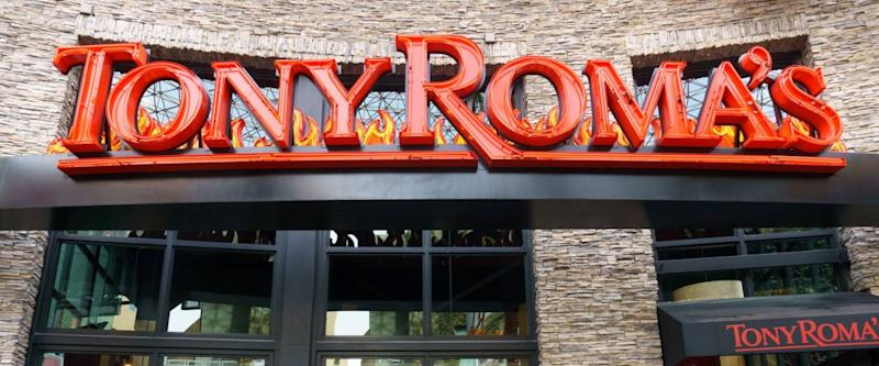 UNIVERSAL CITY, CA/USA DECEMBER 22, 2015: Tony Roma's restaurant exterior and logo. Tony Roma's is a casual dining chain restaurant specializing in baby back ribs.