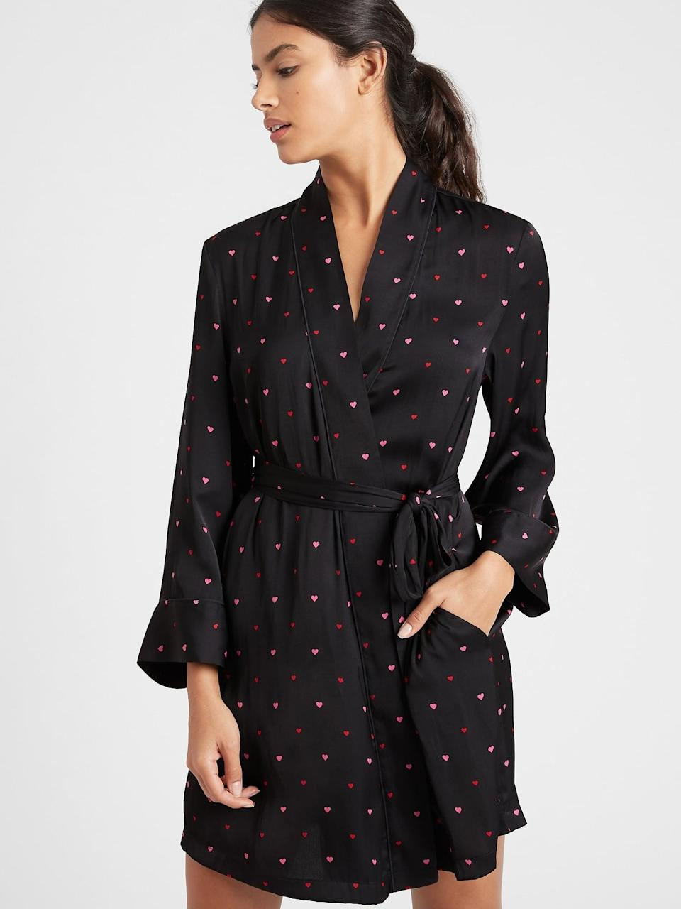 <p>I have been obsessing over this sweet <span>Banana Republic Heart Print Satin Robe</span> ($59, originally $99) and now it's finally on sale!</p>