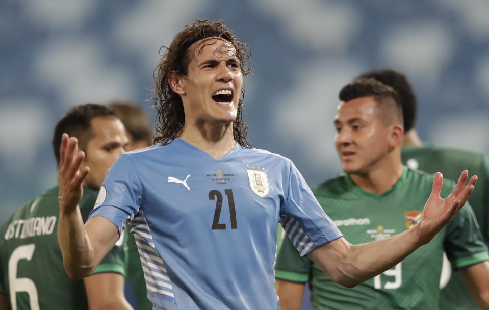 Uruguay's Edinson Cavani gestures during a Copa America soccer match against Bolivia at Arena Pantanal in Cuiaba, Brazil, Thursday, June 24, 2021. (AP Photo/Andre Penner)