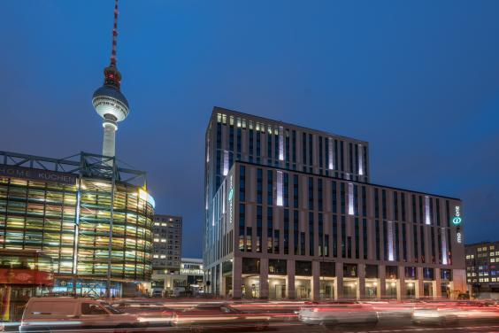 Short on change? The Motel One Berlin-Alexanderplatz is an ideal choice for the Berlin-bound (Motel One Berlin-Alexanderplatz)