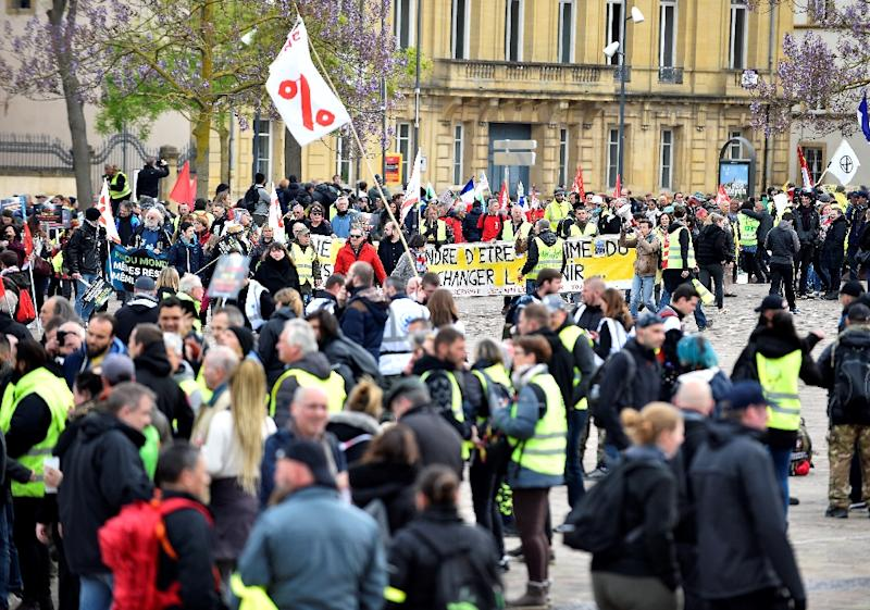 'Yellow vest' protesters marched with ecologists in Metz ahead of a meeting of G7 environment ministers Sunday and Monday (AFP Photo/JEAN-CHRISTOPHE VERHAEGEN)
