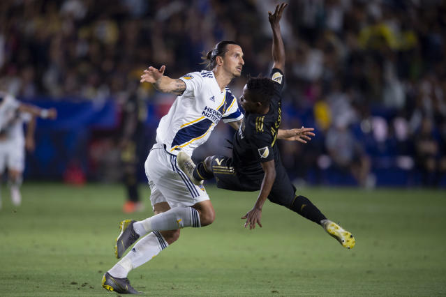 Zlatan Ibrahimovic and the Galaxy still haven't lost an El Tráfico to LAFC. (Reuters)