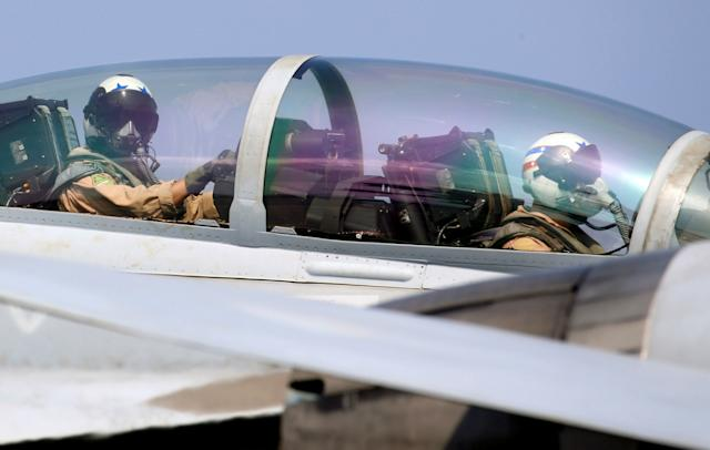cockpit of F18 fighter jet