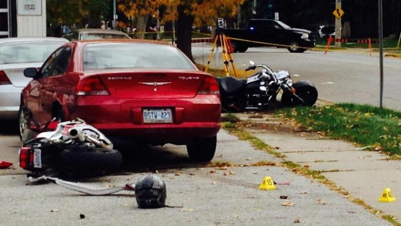 Teen dies in south Windsor motorcycle crash