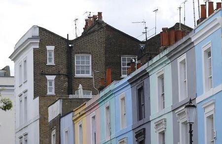 United Kingdom house price growth remains at near four-year low