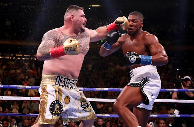 Anthony Joshua (R) in action against Andy Ruiz Jr in the WBA, IBF, WBO and IBO Heavyweight World Championships title fight at Madison Square Garden, New York. (Getty Images)