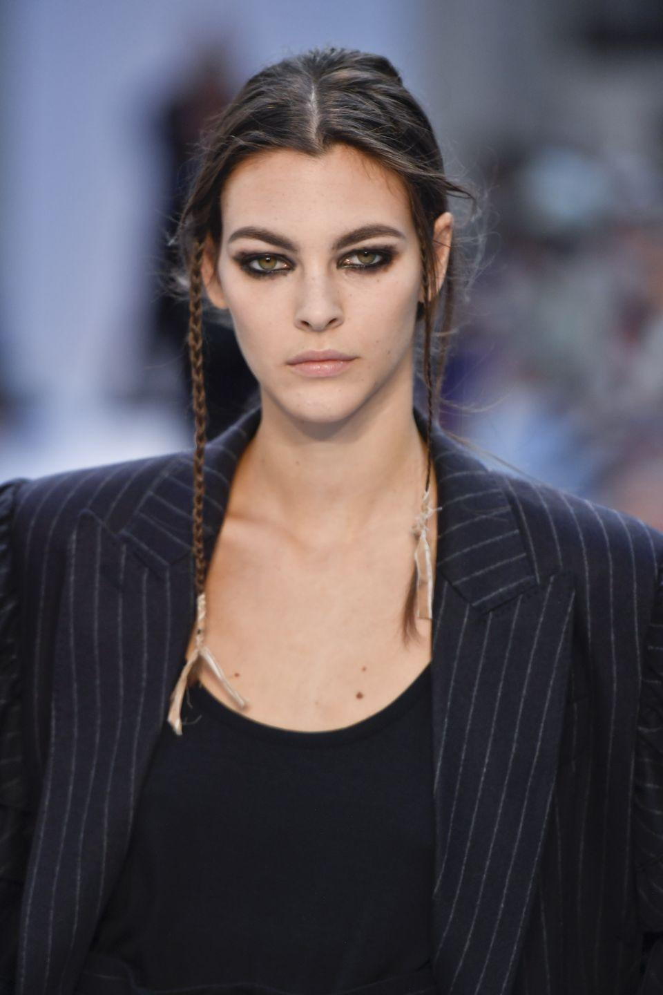 <p>Models at Max Mara also rocked smudgy liner that's suitable for anyone that wants to add an edge to their ensemble.</p>