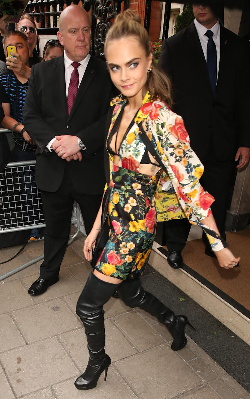 9f381bf94cbd Cara Delevingne Gives Us A Lesson in Mixing Floral Prints