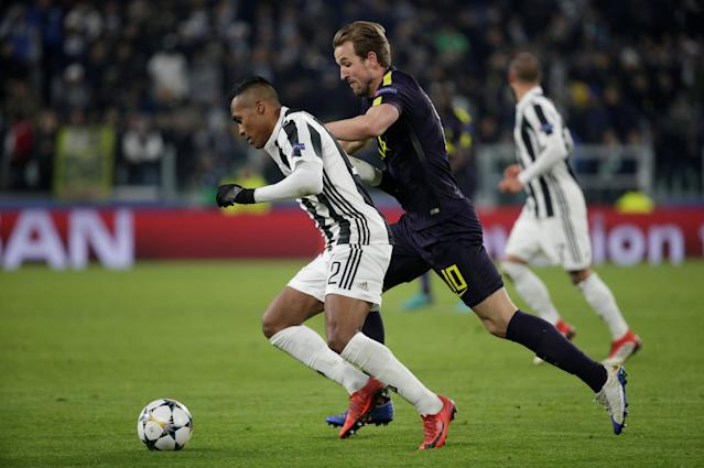 Soccer Football - Champions League - Juventus vs Tottenham Hotspur - Allianz Stadium, Turin, Italy - February 13, 2018 Juventus' Alex Sandro in action with Tottenham's Harry Kane REUTERS/Max Rossi