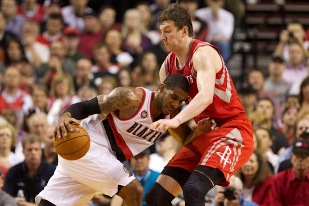 The Pelicans take a shot at the playoffs with Omer Asik, while the Rockets prepare to launch