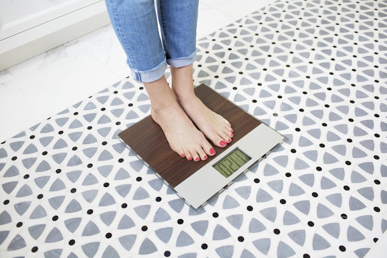 "<p>Weinandy said <a href=""https://www.popsugar.com/fitness/1-Year-Intermittent-Fasting-Weight-Loss-Transformation-44619905"" target=""blank"" class=""ga-track"" data-ga-category=""Related"" data-ga-label=""https://www.popsugar.com/fitness/1-Year-Intermittent-Fasting-Weight-Loss-Transformation-44619905"" data-ga-action=""In-Line Links"">results are usually apparent around the 10-week mark</a>, adding that she sees an average weight loss of seven to 10 pounds over that period through any of the three approaches to IF mentioned previously.</p> <p>It might take longer than that since <a href=""https://www.popsugar.com/fitness/Reasons-You-Losing-Weight-24882317"" target=""blank:"" class=""ga-track"" data-ga-category=""Related"" data-ga-label=""https://www.popsugar.com/fitness/Reasons-You-Losing-Weight-24882317"" data-ga-action=""In-Line Links"">everyone's metabolism works differently</a>. ""I tell people who make any diet change to give themselves one to two months,"" Weinandy said. On the other hand, ""if you're losing weight too quickly, you're doing it wrong."" In that case, you should re-evaluate your calorie intake.</p> <p>Our experts say studies are inconclusive so far, but because you're eating healthier and fewer calories, <a href=""https://www.popsugar.com/fitness/Intermittent-Fasting-Benefits-44353001"" target=""blank"" class=""ga-track"" data-ga-category=""Related"" data-ga-label=""https://www.popsugar.com/fitness/Intermittent-Fasting-Benefits-44353001"" data-ga-action=""In-Line Links"">the method could have an impact beyond the scale and on your overall health</a>, including your cholesterol, triglycerides, and blood sugar levels.</p>     <p>Related: <a href=""https://www.popsugar.com/fitness/Intermittent-Fasting-Weight-Loss-44666379?utm_medium=partner_feed&utm_source=smartnews&utm_campaign=related%20link"">15 Women Whose Bodies Completely Transformed From Intermittent Fasting</a></p>"