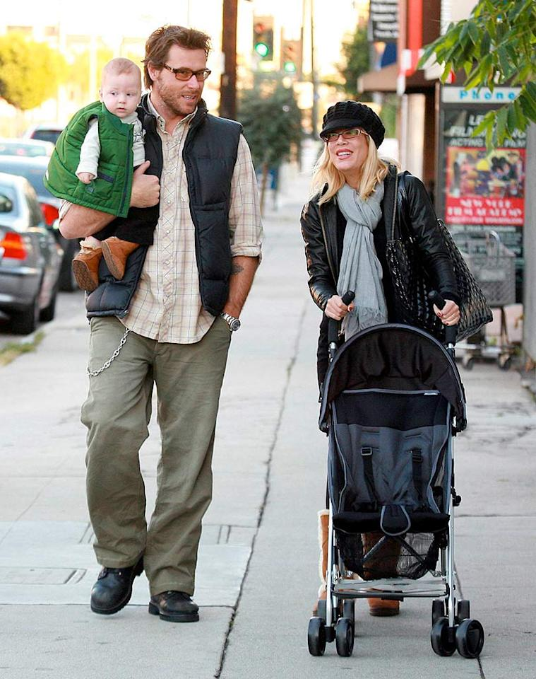 """Tori Spelling and hubby Dean McDermott take their baby boy Liam out to buy his first Christmas tree in Los Angeles. How cute is his mini puffy vest? MWD/<a href=""""http://www.x17online.com"""" target=""""new"""">X17 Online</a> - December12, 2007"""