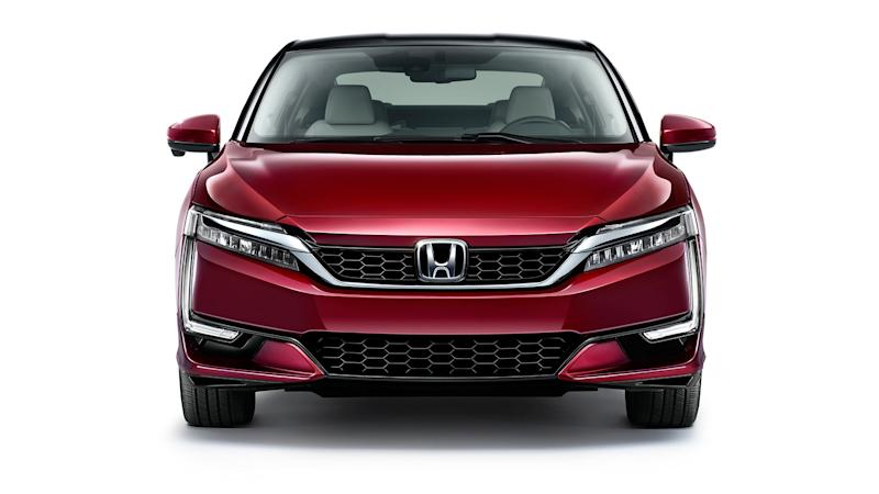 The New Honda Clarity EV Will Only Get 80 Miles of Range