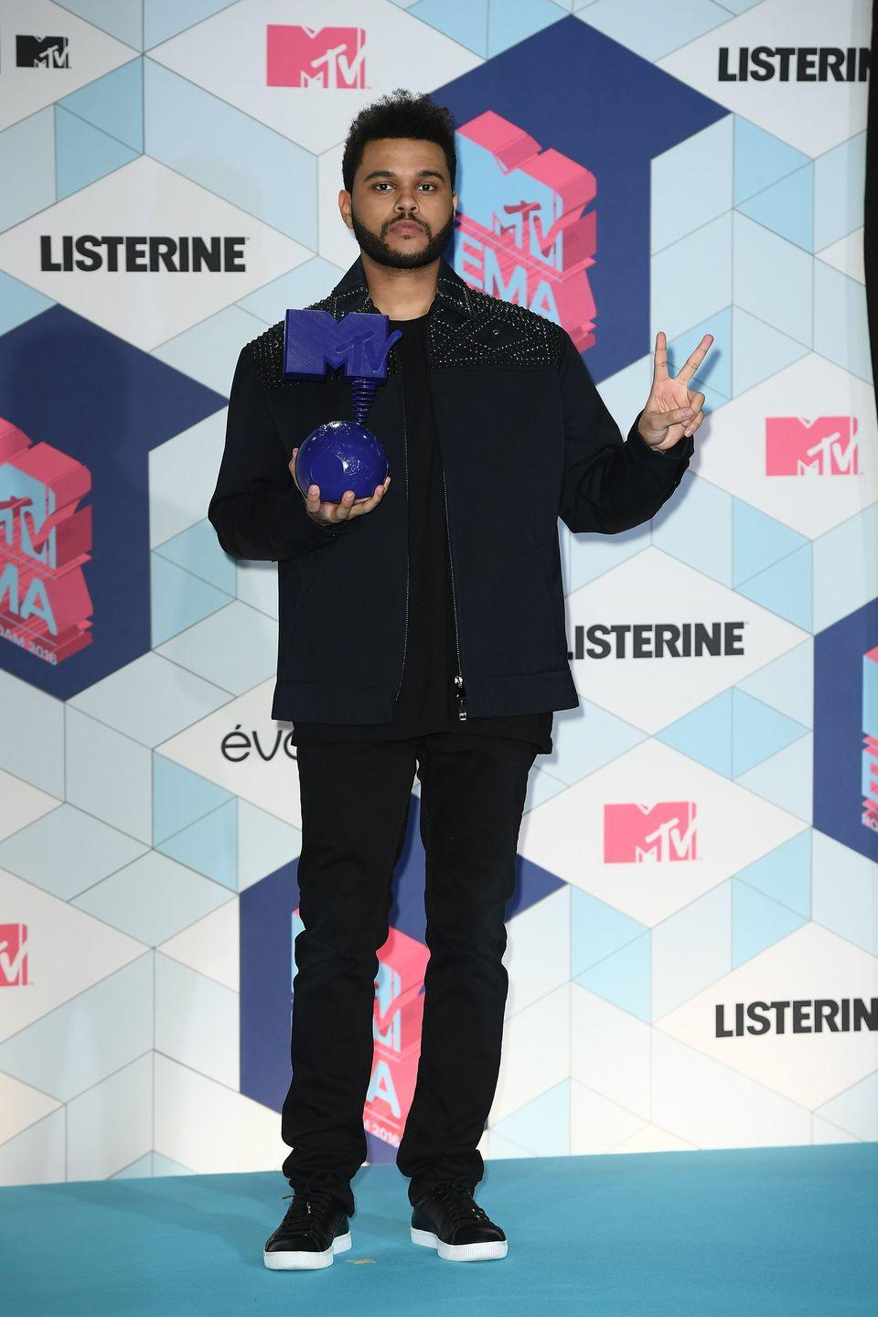 <p>Deuces to The Weeknd and his typically pared-down fit. </p>