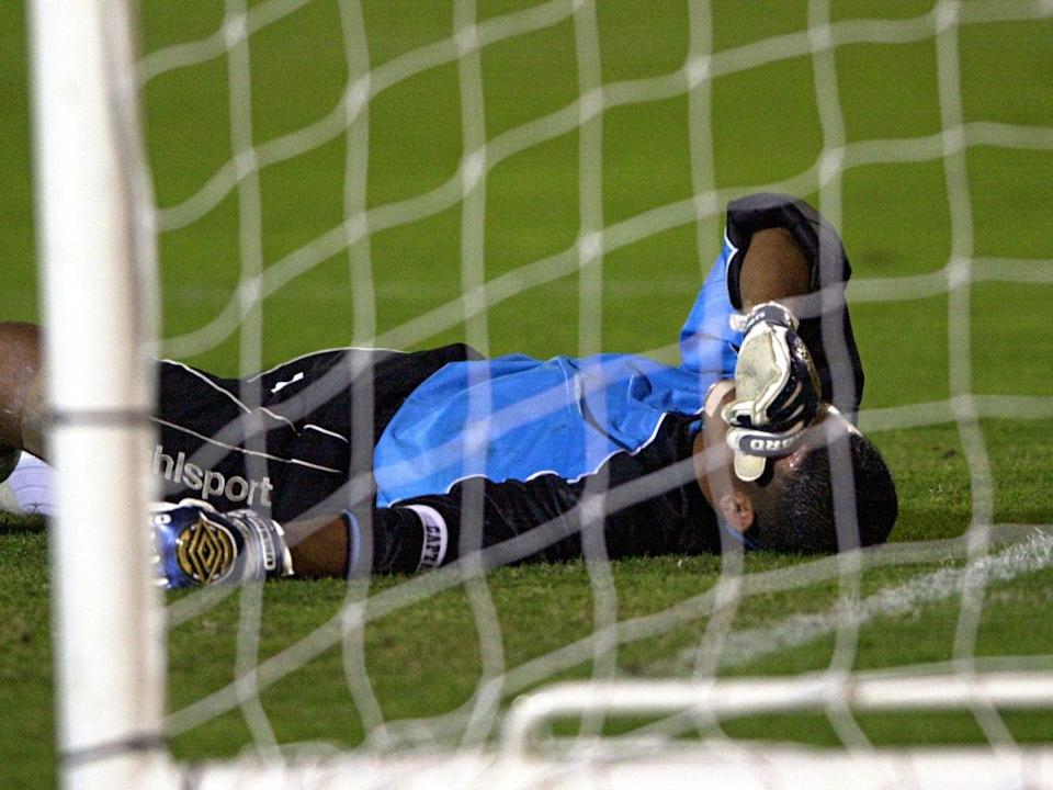 American Samoa goalkeeper Nicky Salapu, pictured here in the 2001 fixture, was still captain in 2019 (Getty Images)
