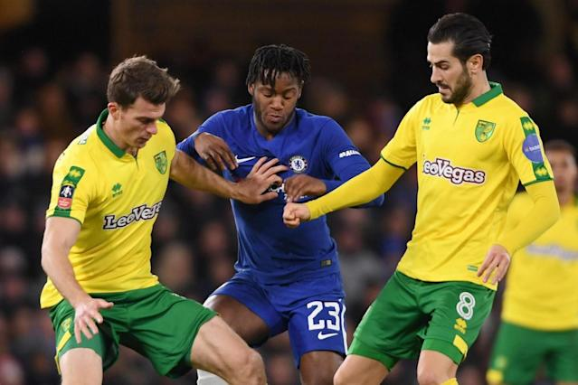Chelsea analysis: Michy Batshuayi fails to impress David Moyes but Kenedy stakes his claim against Norwich