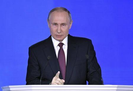 Putin boasts of Russia's new nuclear weapons