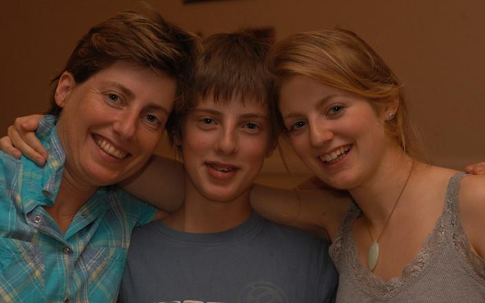 Arabella Vanneck and family - Picasa