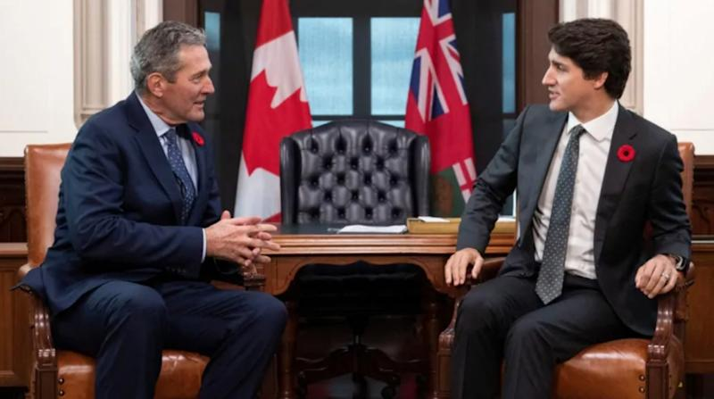 Prime Minister Justin Trudeau meets with Manitoba Premier Brian Pallister in his office on Parliament Hill in Ottawa on Friday, Nov. 8, 2019. (Justin Tang/The Canadian Press)