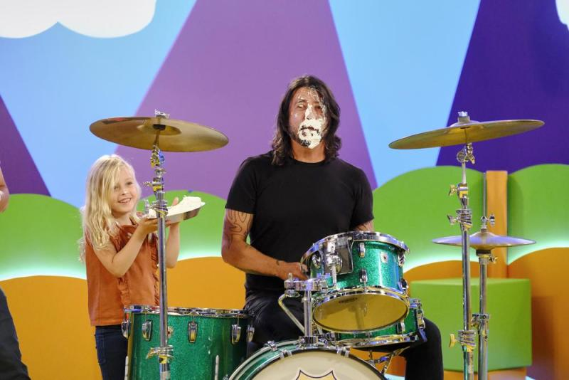 Dave Grohl and daughter Fifi on Ryan's Mystery Playdate   Nickelodeon