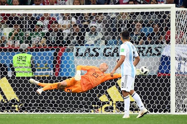 Argentina's goalkeeper Willy Caballero a goal by Croatia (AFP Photo/Dimitar DILKOFF)