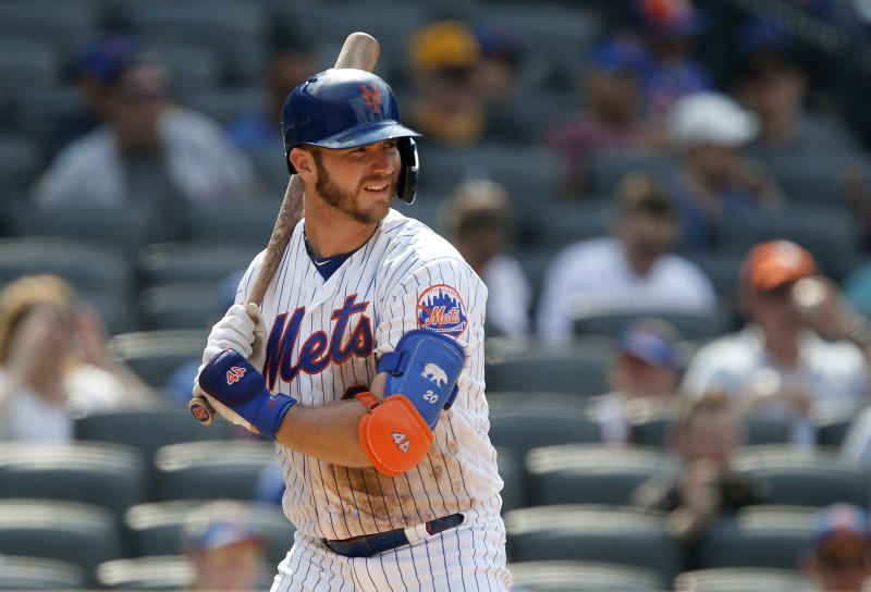 NEW YORK, NEW YORK - JULY 28: Pete Alonso #20 of the New York Mets in action against the Pittsburgh Pirates at Citi Field on July 28, 2019 in New York City. The Mets defeated the Pirates 8-7. (Photo by Jim McIsaac/Getty Images)