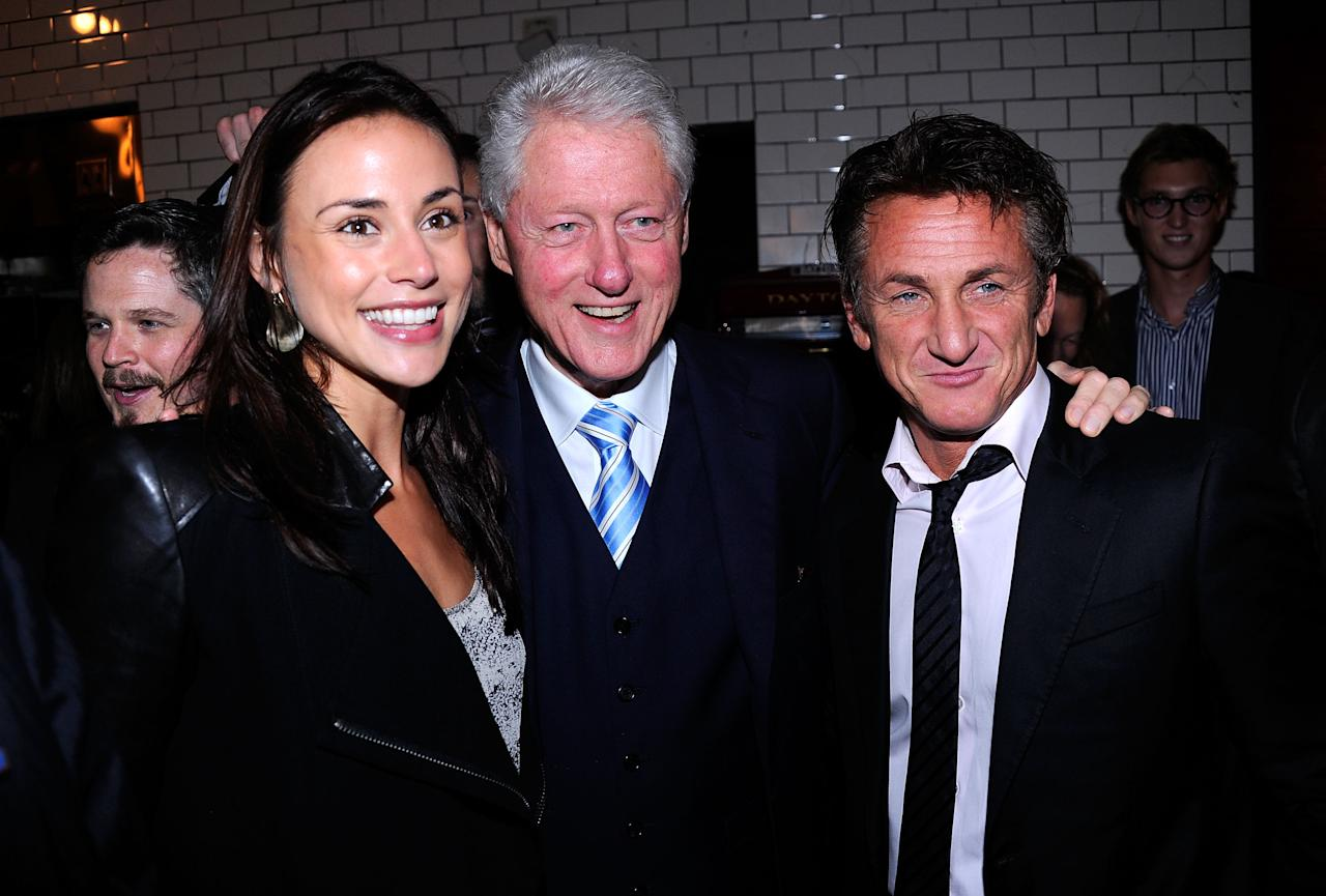 NEW YORK, NY - SEPTEMBER 23:  (EXCLUSIVE COVERAGE) Shannon Costello, Former President Bill Clinton and Sean Penn attend the Artists for Haiti dinner to benefit the Stiller Foundation>> at Almond on September 23, 2011 in New York City.  (Photo by Andrew H. Walker/Getty Images)
