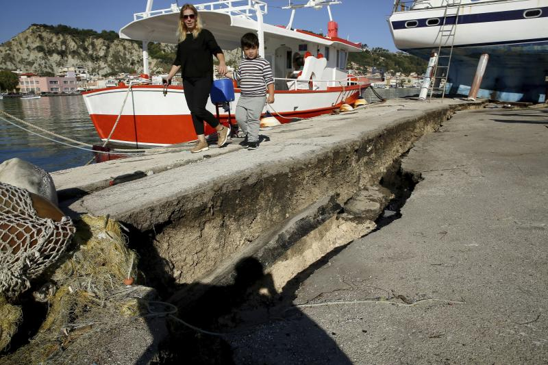 Strong 6.8 magnitude quake hits Greek tourist island