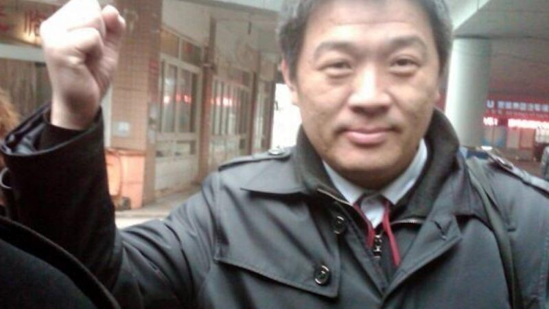 China strips rights lawyer Li Jinxing of licence over 'improper' social media comments