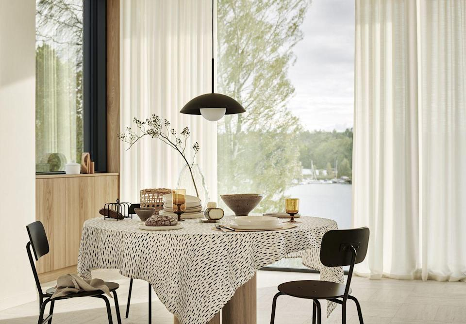 """<p>Dine in style with H&M Home's new swoon-worthy dinnerware range. Functional and modern, you'll find plates, bowls, glasses, coffee cups and serving platters at purse-friendly prices. </p><p><a class=""""link rapid-noclick-resp"""" href=""""https://go.redirectingat.com?id=127X1599956&url=https%3A%2F%2Fwww2.hm.com%2Fen_gb%2Fhome.html&sref=https%3A%2F%2Fwww.housebeautiful.com%2Fuk%2Flifestyle%2Fshopping%2Fg35116386%2Fhandm-home-spring%2F"""" rel=""""nofollow noopener"""" target=""""_blank"""" data-ylk=""""slk:SHOP H&M HOME"""">SHOP H&M HOME</a> </p>"""