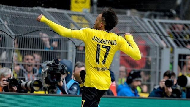 <p><strong>Goals this week</strong>: 1 (vs Eintracht Frankfurt) </p> <p><strong>Total league goals</strong>: 26</p> <p><strong>League games played</strong>: 27</p> <p><strong>Goals/game ratio</strong>: 0.96</p> <br><p>Mute last week against Bayern, Borussia Dortmund's big boy PEA got back on the scoresheet as Dortmund got the three points against Eintracht Frankfurt (3-1). With 26 goals in 27 league games, he's just on a crazy rhythm this season. Hello Real Madrid. </p>