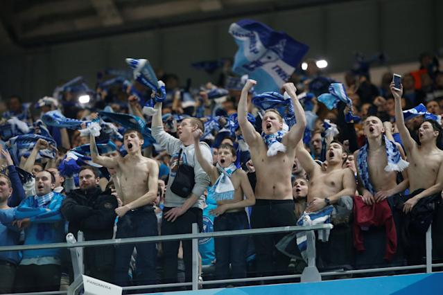 Soccer Football - Europa League Round of 32 Second Leg - Zenit Saint Petersburg vs Celtic - Stadium St. Petersburg, Saint Petersburg, Russia - February 22, 2018 Zenit St. Petersburg fans celebrate REUTERS/Anton Vaganov