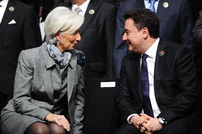 Deputy Prime Minister Ali Babacan, seen with International Monetary Fund chief Christine Lagarde on February 10, 2015 in Istanbul, has reportedly threatened to resign (AFP Photo/Ozan Kose)