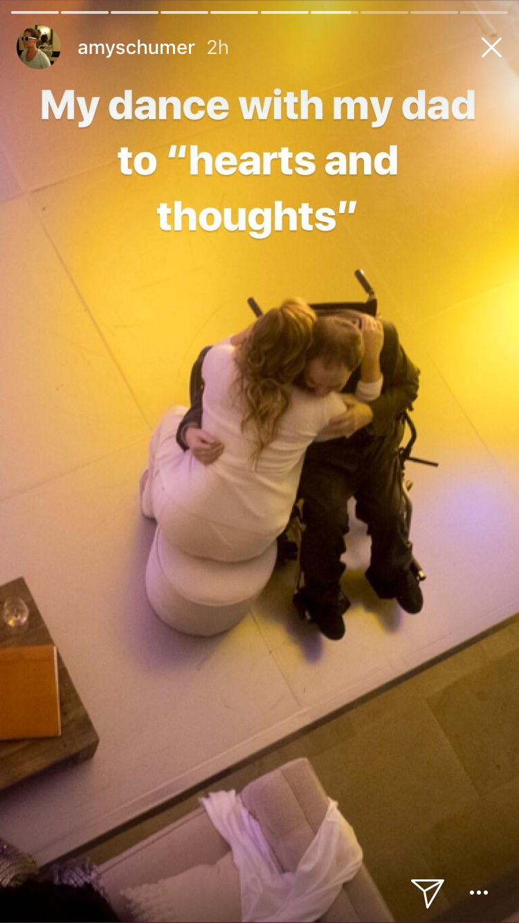 Amy and Gordon Schumer share a sweet moment on the dance floor. (Photo: Amy Schumer via Instagram)