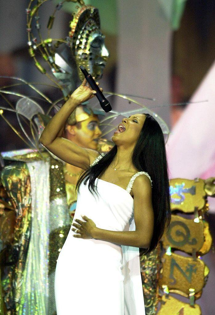 <p>Braxton closed the show in a white gown with a train. </p>