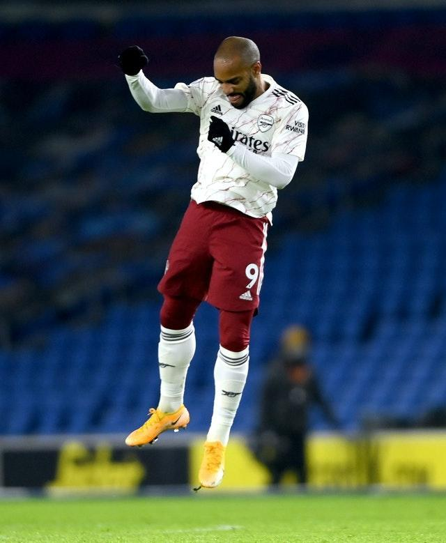 Alexandre Lacazette celebrates at the end of the match