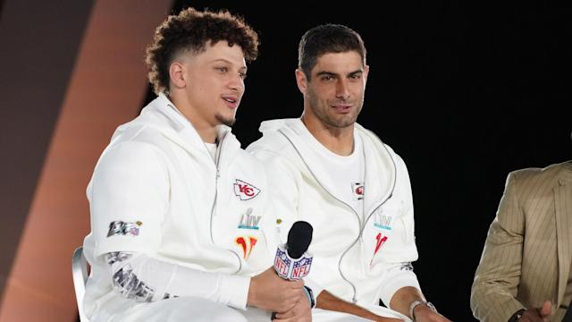 Kansas City Chiefs quarterback Patrick Mahomes and San Francisco 49ers quarterback Jimmy Garoppolo will have to be at their best to lift the Lombardi Trophy. (Kirby Lee-USA TODAY Sports)