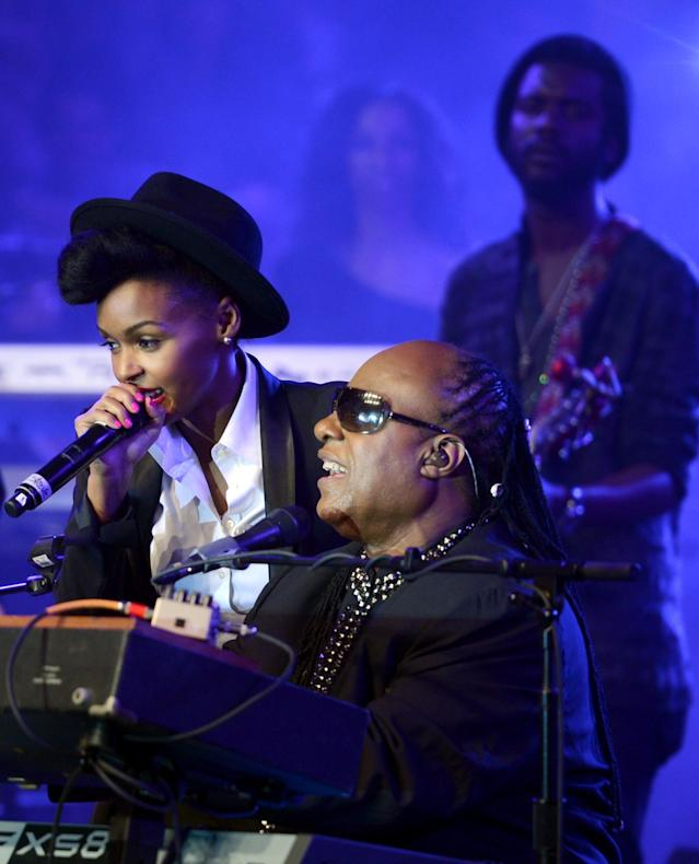 NEW ORLEANS, LA - FEBRUARY 02: Musicians Stevie Wonder, Janelle Monae and Gary Clark Jr. perform onstage at Bud Light Presents Stevie Wonder and Gary Clark Jr. at the Bud Light Hotel on February 2, 2013 in New Orleans, Louisiana. (Photo by Stephen Lovekin/Getty Images for Bud Light)