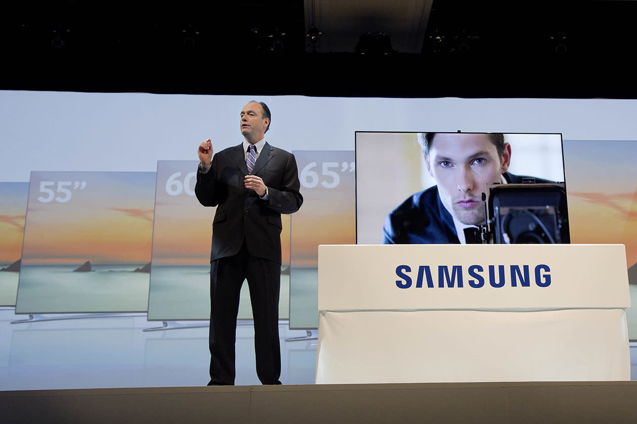 Samsung president Tim Baxter introduces the new LED F8000 large screen television during a news conference on press day at the Consumer Electronics Show.