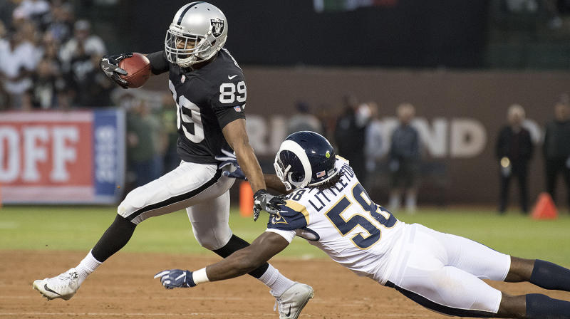 Cowboys acquire Amari Cooper from Raiders for 1st-rounder