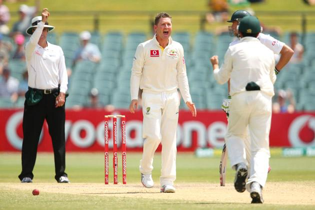 Australian captain Michael Clarke successfully appeals for the wicket of AB de Villiers before it was turned down following a third umpire's decision during day five of the Second Test Match between Australia and South Africa at Adelaide Oval on November 26, 2012 in Adelaide, Australia.  (Photo by Cameron Spencer/Getty Images)