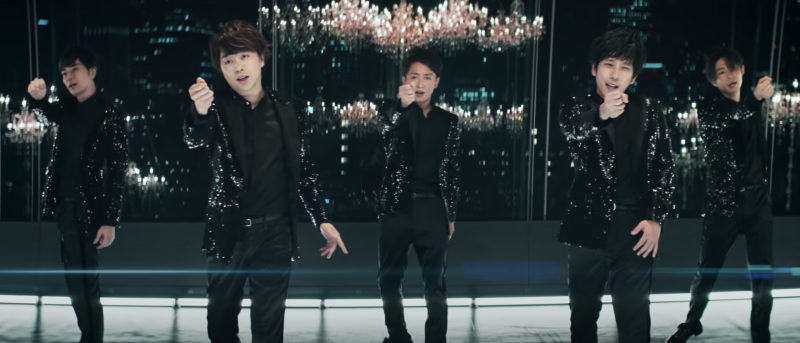In an unexpected collaboration, Arashi has just released the music video for their latest single Whenever You Call, also available on music streaming sites today (18 September). The ballad was written and produced by Bruno Mars.