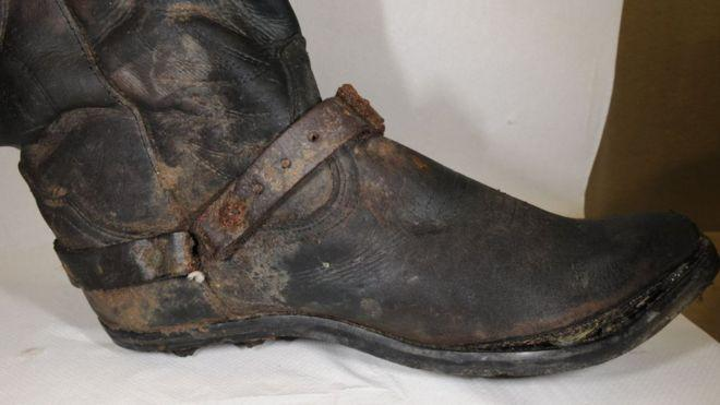 The distinctive cowboy boots which officers hope will lead to the identification of the man (Essex Police)