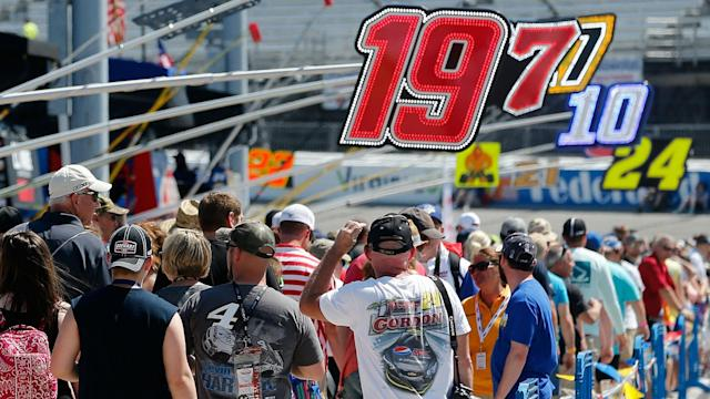 Follow along with our live updates from the Toyota Owners 400.