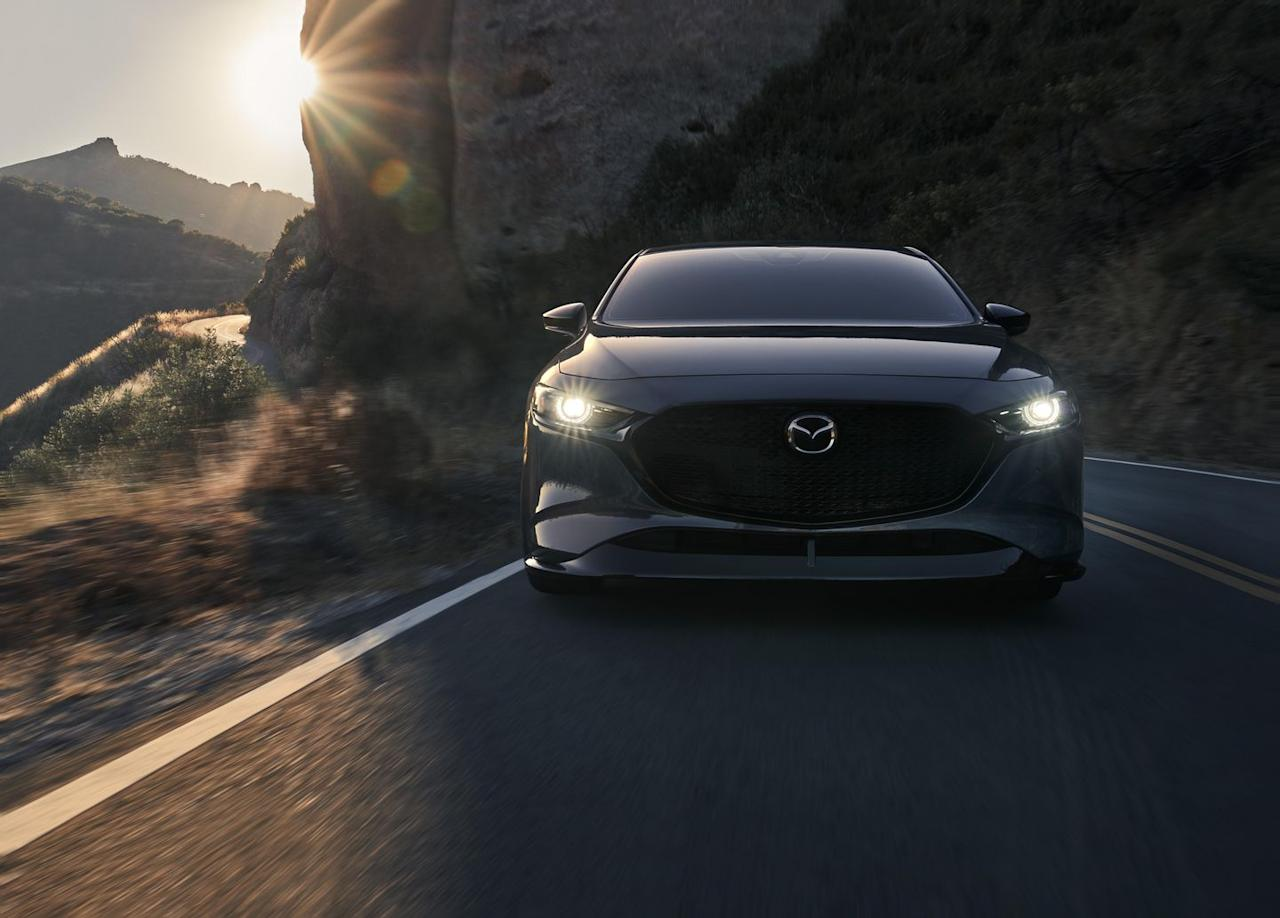 see photos of the 2021 mazda 3 25 turbo hatchback