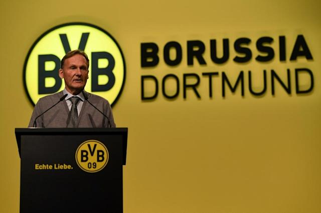 The CEO of Borussia Dortmund Hans-Joachim Watzke has extended his stay with the Bundesliga team until 2022 (AFP Photo/Patrik STOLLARZ)